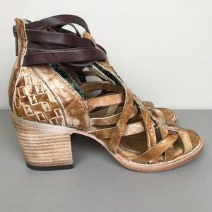 a46d8ea16f9 Freebird by Steven Shoes - NEW Freebird By Steven Penny Heeled Stappy  Sandals